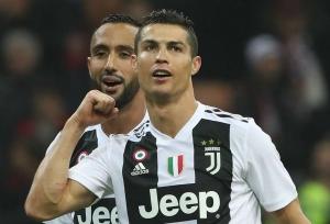 Ronaldo fires Juve to record mark