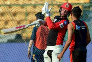 Reduce innings break: AB de Villiers