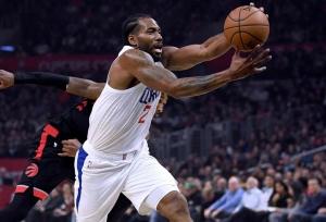 Leonard, Clippers overcome Raptors