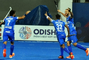 Hockey India contributes Rs 25 lakh