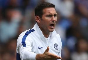 Chelsea shows Lampard the door