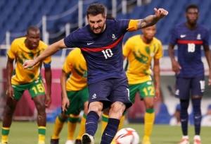 Gignac stars in dramatic France win