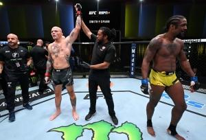 UFC Vegas 37: Smith submits Spann