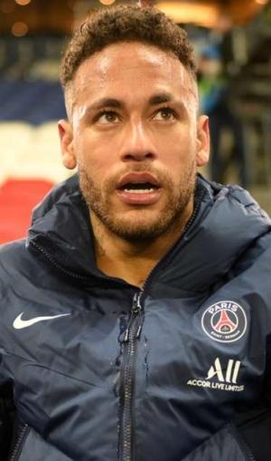 Neymar nearing PSG renewal