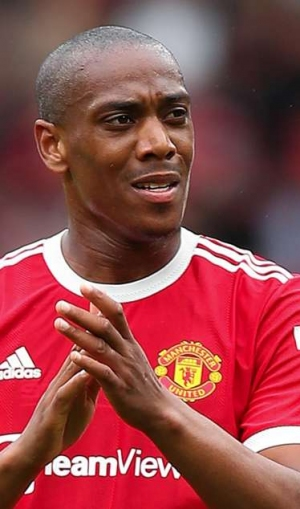Rumours: Barca circle for Martial