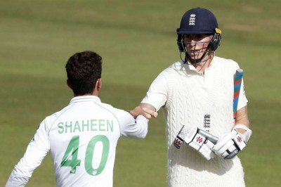 England vs Pakistan, 3rd Test, Day 2, Highlights: Magnificent Crawley,  Buttler and Anderson leave visitors on the ropes - myKhel