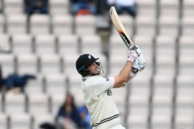 WTC Final: Tim Southee surpasses Ricky Ponting in terms of most sixes in Test Cricket; now eyes Dhoni's record - myKhel