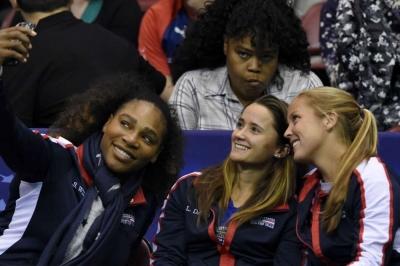 Serena makes Fed Cup return, top seeds Belarus eliminated
