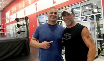 Cain Velasquez trains in WWE