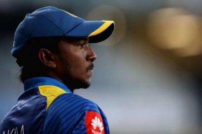 South Africa thrashed in 5th ODI vs SL