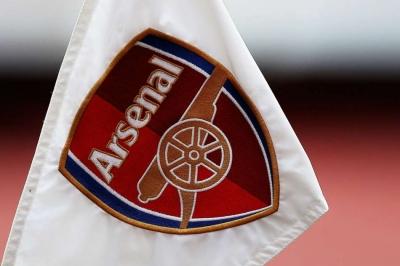 Arsenal supporters against Kroenke