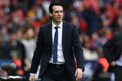 Arsenal split between Vida and Ricardo Rodriguez
