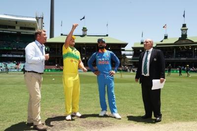 INDvAUS: 3rd ODI, Live Updates: