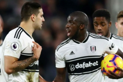 Mitrovic, Kamara dragged apart by teammates after fight