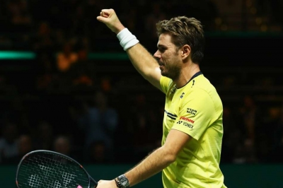 Wawrinka books Monfils showdown