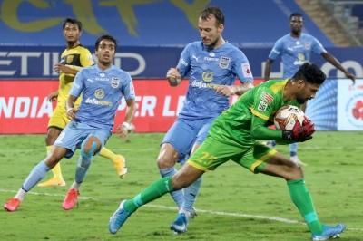 Hyderabad holds fort against Mumbai