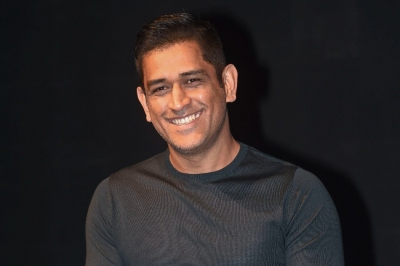 India's team mentor Dhoni joins squad