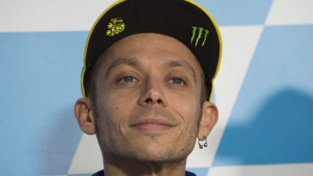 Rossi back on track at Motorland