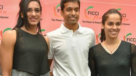 Gopichand praises Saina, Sindhu