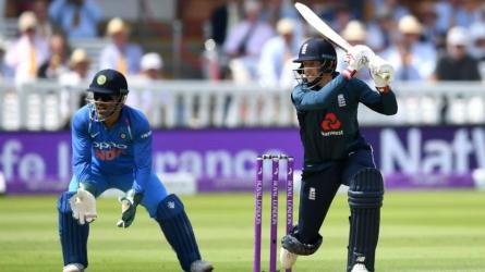 3rd ODI: England crush India by 8 wckts