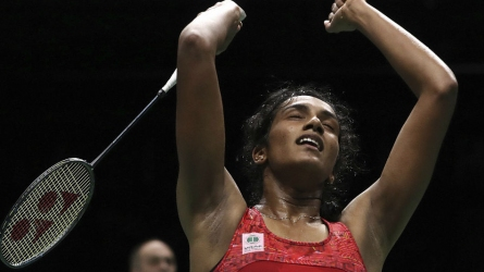 Sensational Sindhu enters final