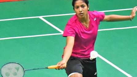 Gayatri, Priyanshu in third round