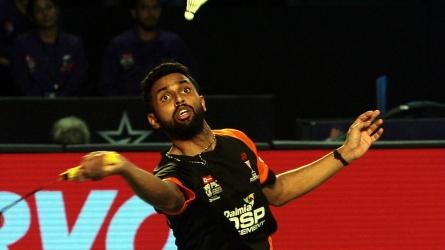 India lose to Singapore