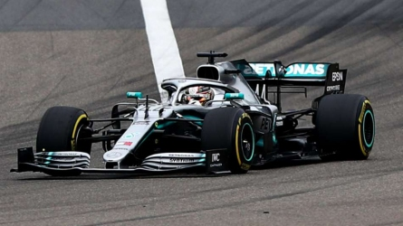 Hamilton claims sixth win in China