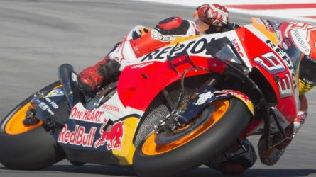 Marquez beats Quartararo to win