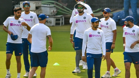 Bhuvi trains with team to test fitness