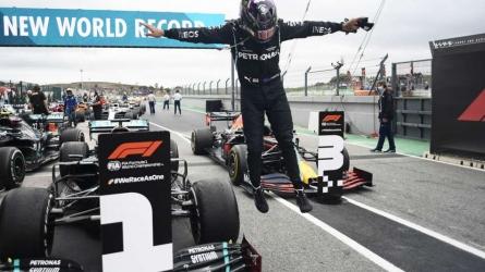 Hamilton: I'm still in race mode
