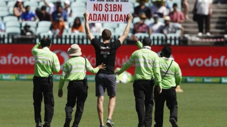 Protesters invade Sydney ground