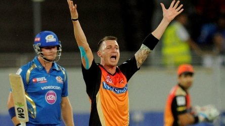 Steyn apologises for IPL comment