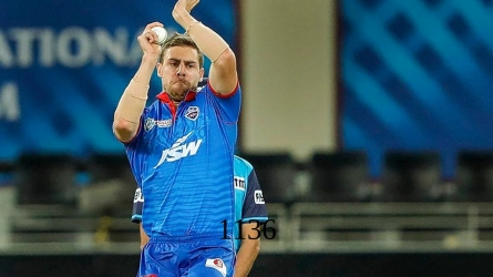 Nortje on dew and Wankhede wicket