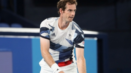 Murray withdraws from singles