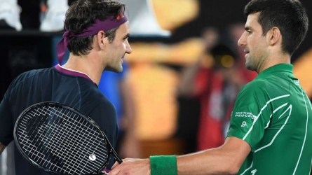 Federer left impressed by Djokovic