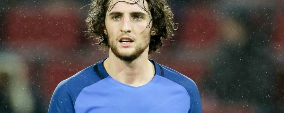 Rabiot hits out at Deschamps