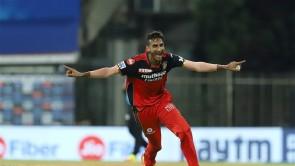 IPL 2021: SH vs RCB, Match 6 Images