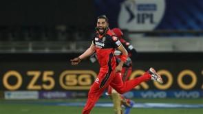 IPL 2021: RCB vs MI, Match 39 Images